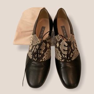 SJP Oxford lace up heels